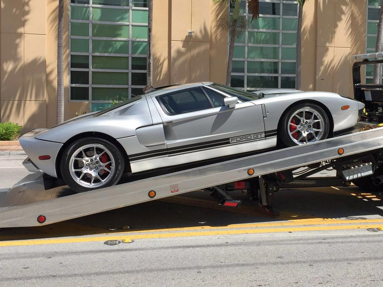 Ford GT 2003